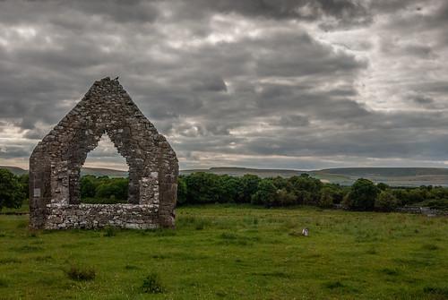 ireland irish landscape nikon clare ruin monastery burren kilmacduagh d3000