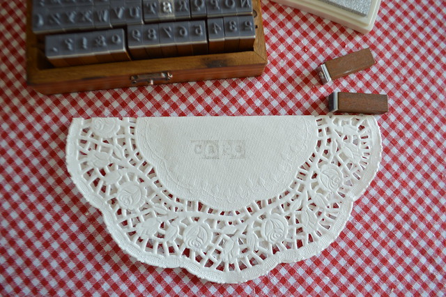 How to make your own bunting with doilies