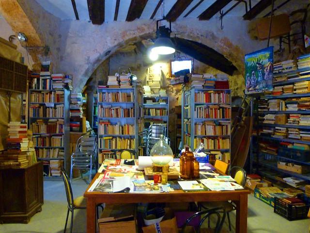 Librería de Grasse (Provenza, Costa Azul, Francia)