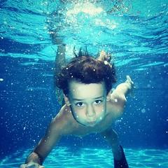 #pool #swimming #diving #diver #diversión #niños #piscina cuando el calor aprieta, un chapuzón