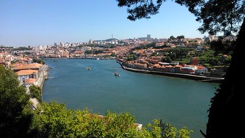 Rio Duero desde los jardines del Palacio de Cristal