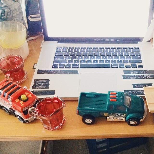 Luther woke up early, so these were my working conditions this morning. #toddler #children #workingmother #vintagesoup