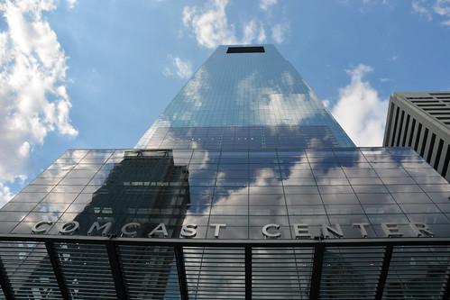 Comcast bld Phil PA (2)