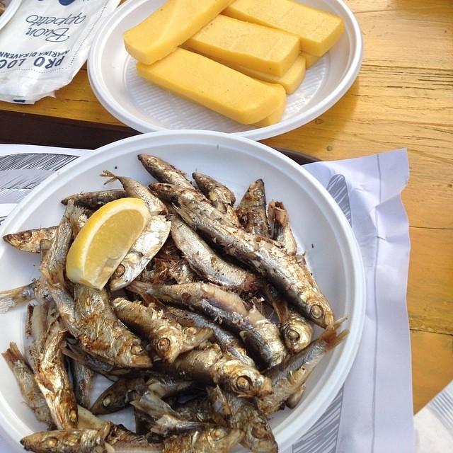 Polenta e pesce alla griglia #food #giriingiro #viaggioinromagna #ilmarecheamo #cibo