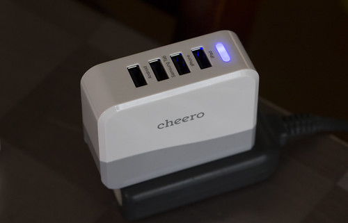 cheero 4port USB AC ADAPTER_08