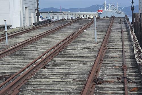 tracks at pier 43