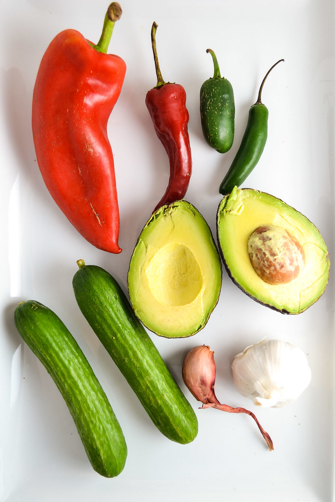 quinoa, bell pepper, avocado, and cucumber salad | things i made today