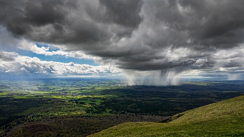 storm clouds shower day nuages auvergne em5 abigfave tolliv