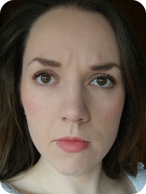 FOTD Rimmel Apocalips Lip Velvet Atomic Rose