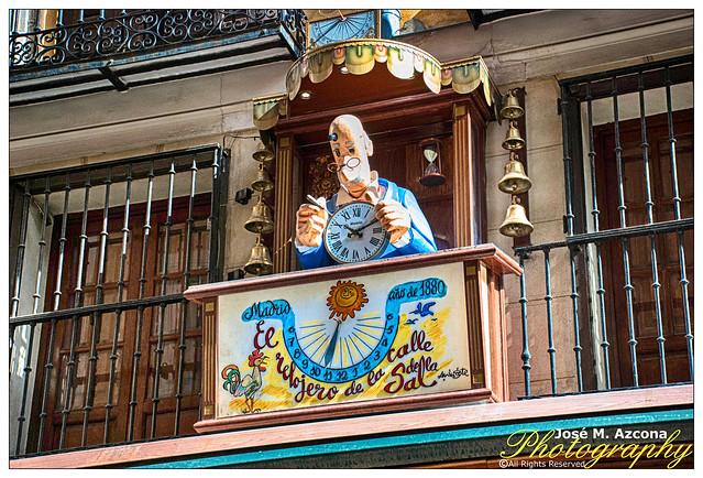 Madrid. Carillón de la Antigua Relojería de la calle de la Sal.