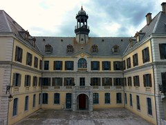 Montrejeau, Hotel de ville
