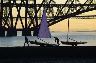 Packing Up. Forth Rail Bridge, Firth of Forth, Edinburgh - 21st July 2014