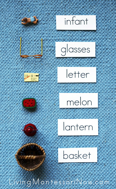 Placing Labels with Objects