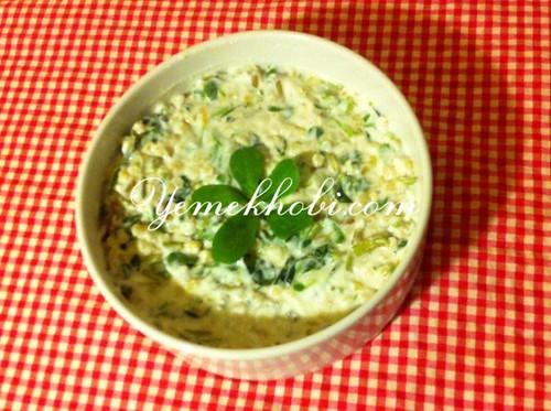 yoğurtlu salata tarifi tok tutan salata tarifi semizotu salatası semizotlu tarifler salata tarifleri doyurucu salata tarifi diyet salata tarifi buğdaylı semizotu salatası tarifi buğdaylı salata tarifleri buğdaylı salata tarifi