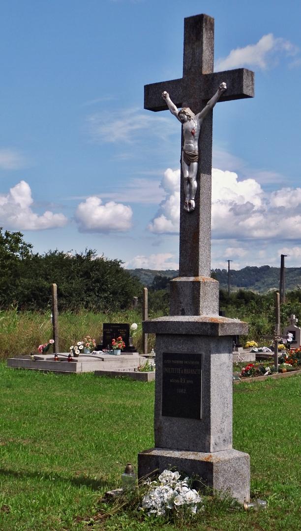 Nový ústredný kríž cintorína