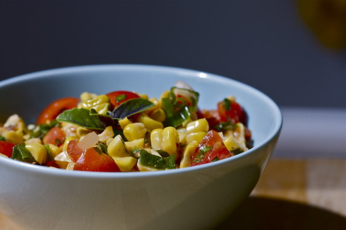 Sweetcorn-Tomato-Basil salad