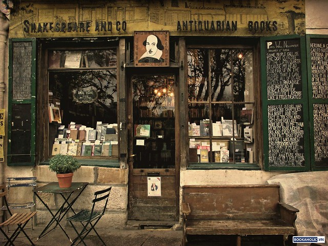 Shakespeare and Company old