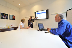 Laptop, LED screens and flipchart included with your meeting room hire