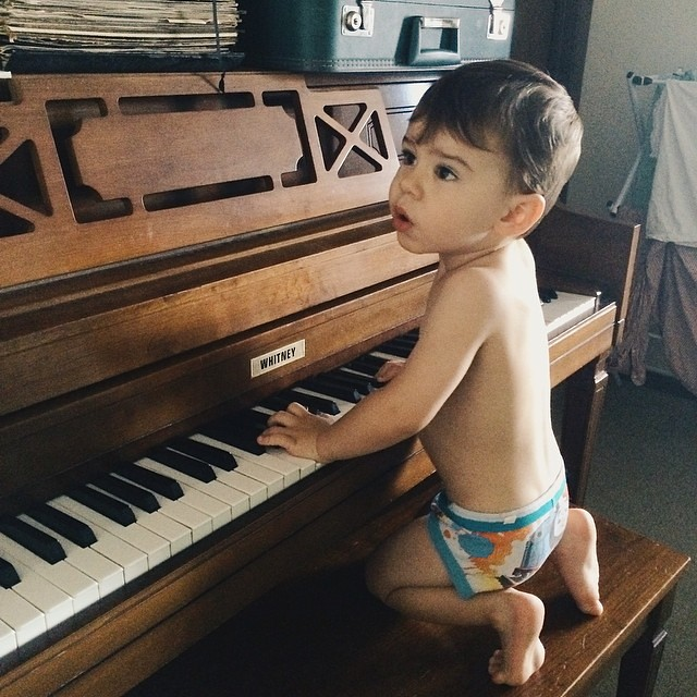 Singing along. #instaluther #toddler #children #pianoman #singing #piano
