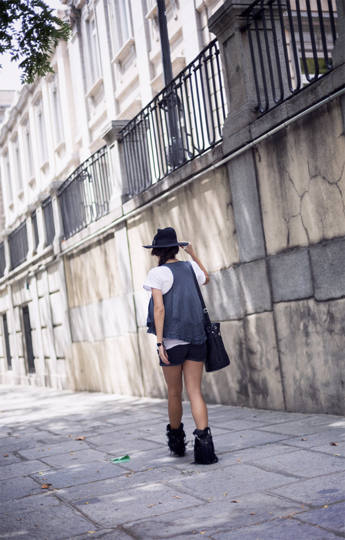 street style barbara crespo heisenberg romwe tshirt tee fashion blogger outfit blog de moda