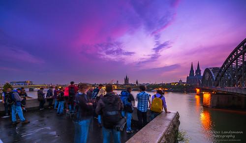 sunset germany deutschland cityscape cologne köln photowalk longtimeexposure elialocardi markuslandsmannzenfoliocom markuslandsmann markuslandsmannphotography photokina2014 photokinawalk