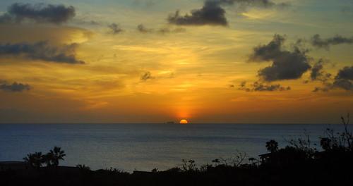 sunset zonsondergang silhouettes bonaire caribbeansea dutchcaribbean caribbeannetherlands caribischnederland