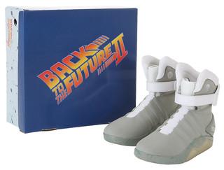 回到未來 2【馬帝專屬科技鞋】Marty McFly light-up shoes