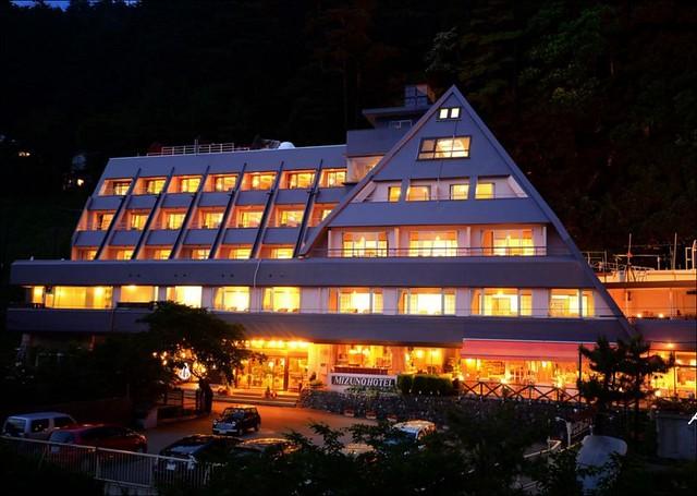 富士山湖之飯店_004