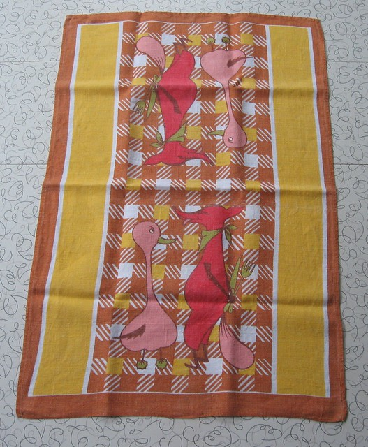 Vintage linen tea towel.
