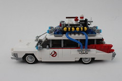 LEGO Ideas Ghostbusters Ecto-1 (21108)