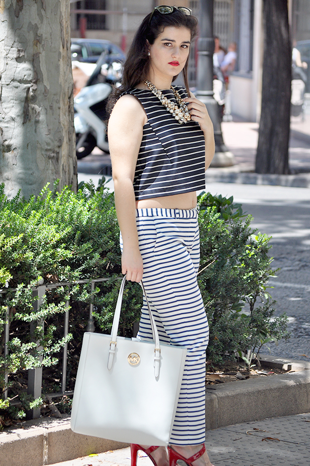croptop stripes mango fashion blogger valencia spain somethingfashion, michael kors tote bag white navy vintage ralph lauren sandals red, carrera jimmy choo sunglasses fblogger summer