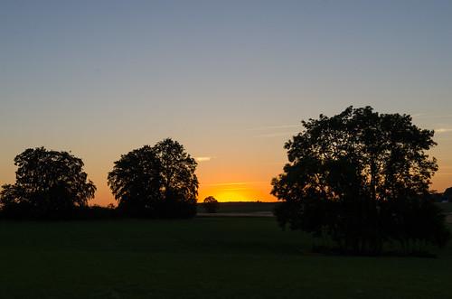 sunset sky germany landscape twilight nikon paisaje cielo alemania ocaso anochecer badenwurtemberg sonnenbühl d7000 pwpartlycloudy