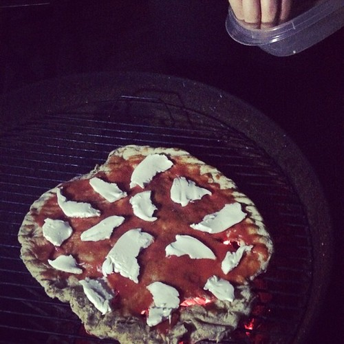 Experiments in pizza grilling, part II