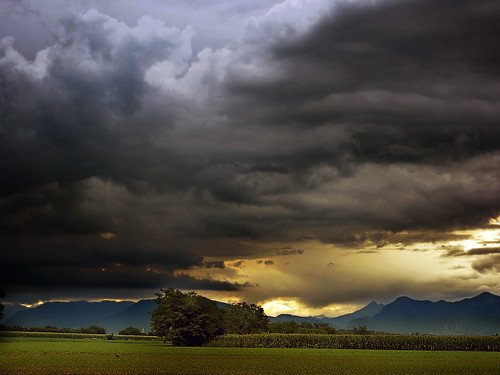 sunset italy storm mountains clouds landscape countryside italia day country friuli fagagna feagne