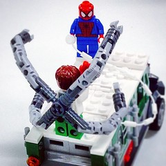 Stand-off #lego #marvel #superheroes #spidey