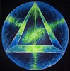 Energia cosmica a piramidelor - The pyramid energy fluorescent painting