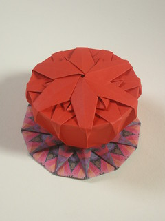 Dodecagonal compass rose tato & box