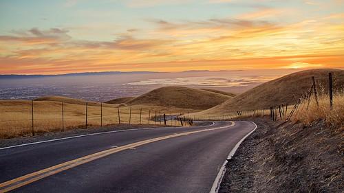 california skyline landscape sanjose siliconvalley openspace grassland preserve sierravista rangeland santaclaravalley sierravistaroad