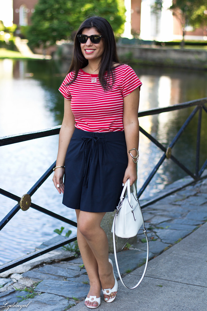 striped top, navy skirt, white bag.jpg