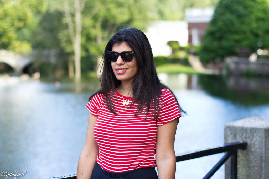 striped top, navy skirt, white bag-5.jpg