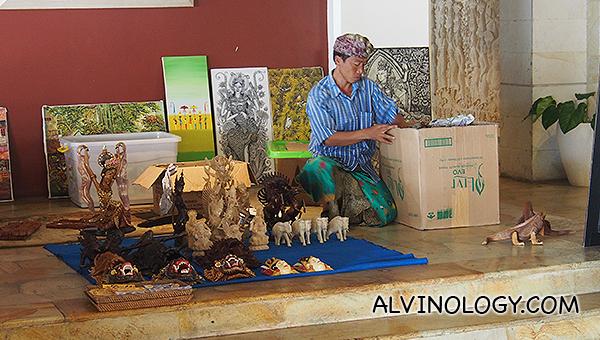 Balinese craft vendor at the lobby