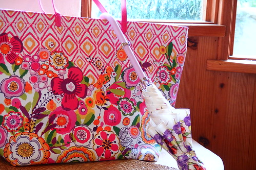 Pattern Play Tote Clementine