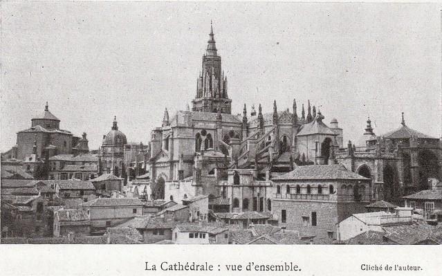 Catedral de Toledo a comienzos del siglo XX. Fotografía de Élie Lambert publicada en su libro Les Villes d´Art Célebres: Tolède (1925)