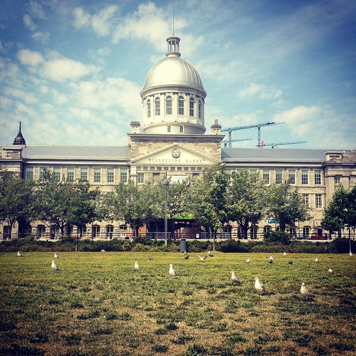 Self-guided walking tour of Old Montreal