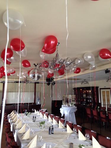 Heliumballonnen Rood Wit Citta Romana Hellevoetsluis