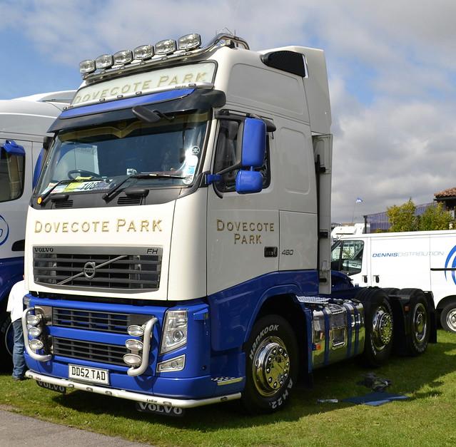 Dennis Distribution (Dovecote Park) - Volvo FH13 Globetrotter XL 460