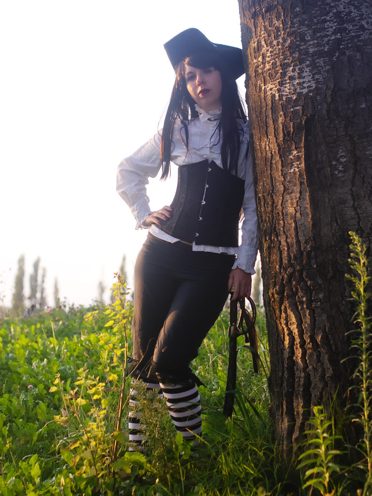 related image - Shooting She's a Pirate - Avignon - 2014-08-10- P1910093