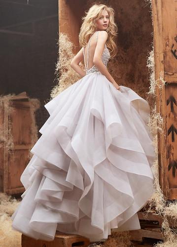 Latest fashion wedding dress online for wedding