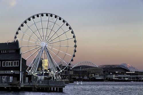 seattle sunset canon pier ferriswheel rainer 6d