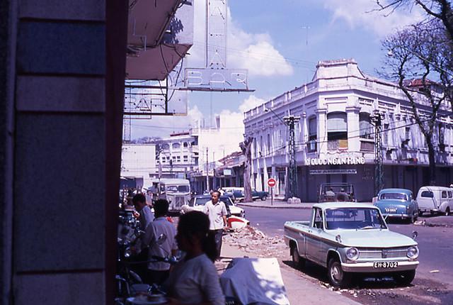 SAIGON 1968 - Ngã ba Nguyễn Văn Thinh-Phan Văn Đạt